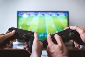 Ce avantaje au de oferit jocurile video?