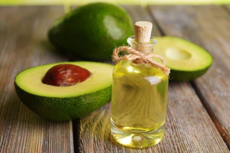 Este eficient uleiul de avocado in tratarea acneei?